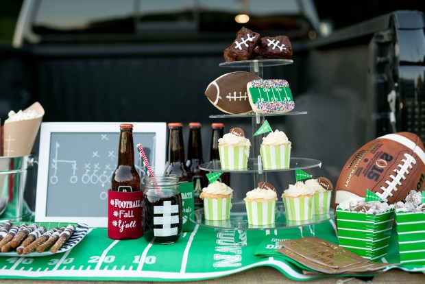 the-everyday-hostess-tailgate-33