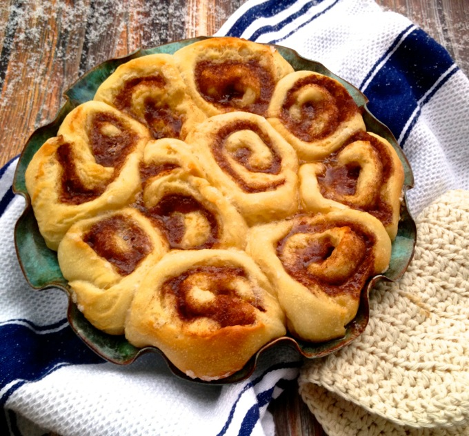 Aunt Janet's Cinnamon Rolls (aka The Best Cinnamon Rolls Ever) at www.mybottomlessboyfriend.com