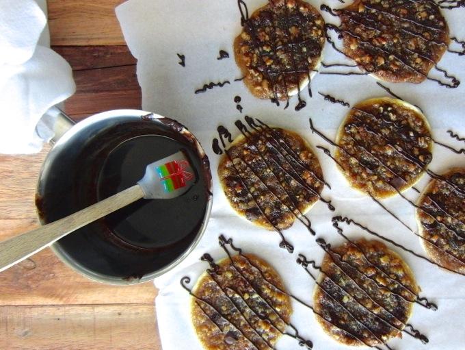 Bourbon Dark Chocolate Pecan Pie Cookies ARE DELICIOUS at www.mybottomlessboyfriend.com