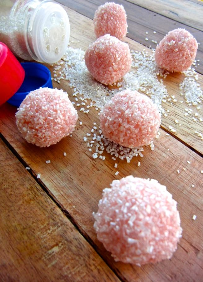 White Chocolate Peppermint Truffles - get this recipe and more at www.mybottomlessboyfriend.com