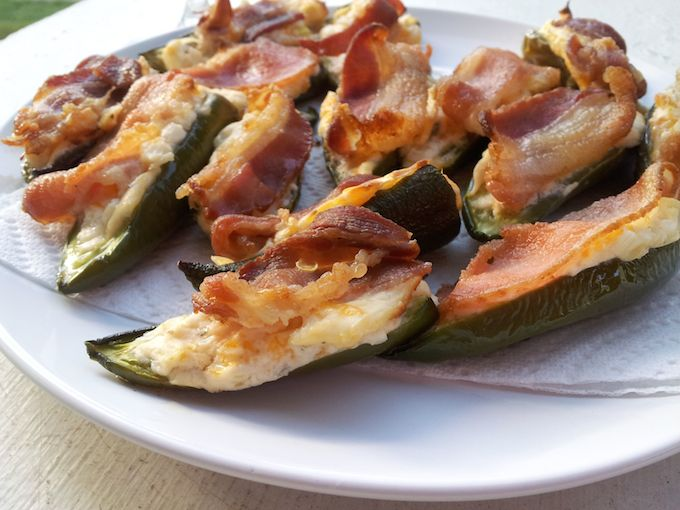 Mom's Jalapeno Poppers at www.mybottomlessboyfriend.com