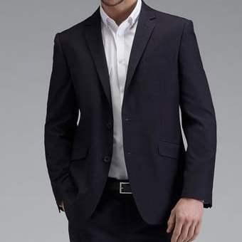 Gambar jas pria model terbaru, tampil kasual di acara informal dengan men fashion suits, sebagai referensi bagi para pelanggan.
