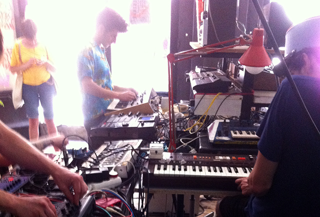 UNITED SYNTH ACTION