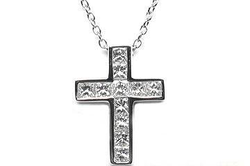 FACETS Small Platinum 11 Princess Cut Diamond 060ct Cross
