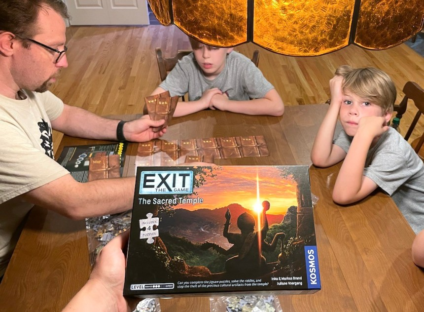 EXIT: The Game - The Sacred Temple - includes 4 puzzles