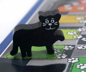 Mmm! cat pawn