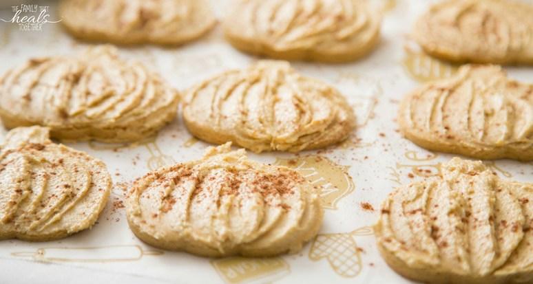 Paleo Pumpkin Spice Sugar Cookies (Healthy Pumpkin Spice Cookies!)