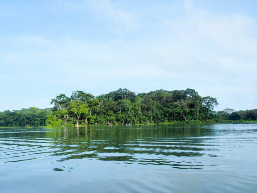 panama day trips visit to Gatun Lake Panama