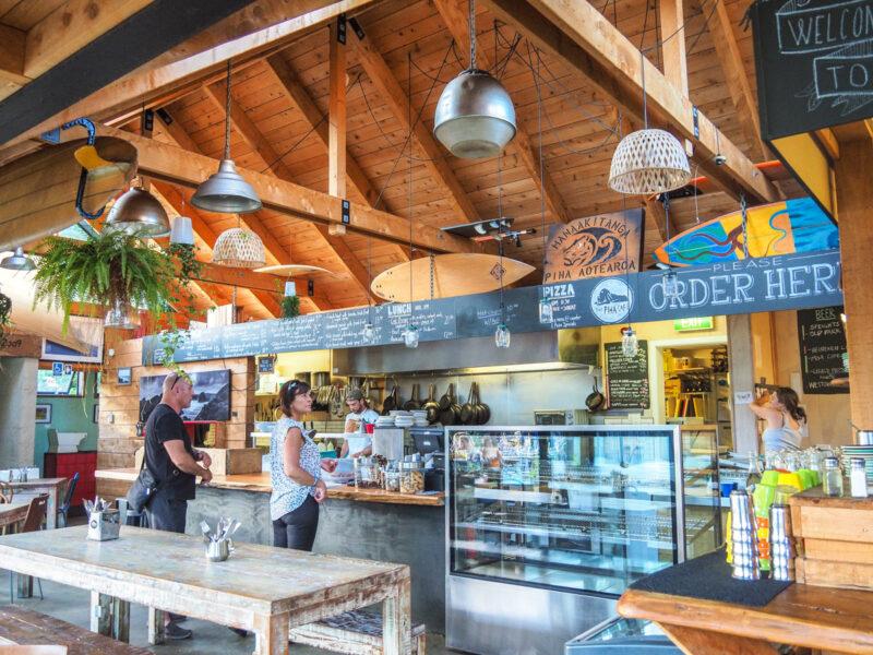 where to eat near Piha Beach