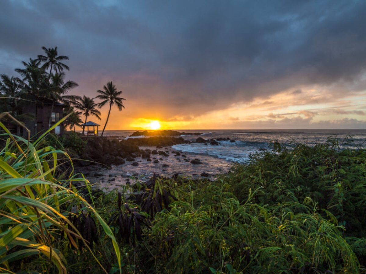 Sunset from North Shore, Oahu, Hawaii