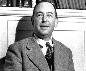 C. S. Lewis Biography - Childhood, Life Achievements & Timeline