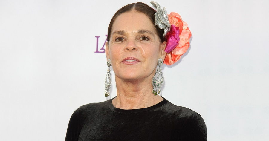 Ali Macgraw Elizabeth Alice Biography Facts Childhood Family Life Achievements