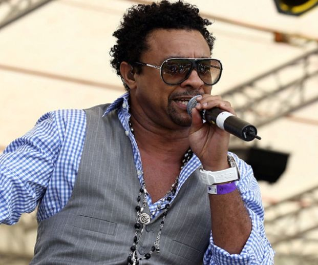 Shaggy Biography - Facts, Childhood, Family Life & Achievements of Jamaican Singer