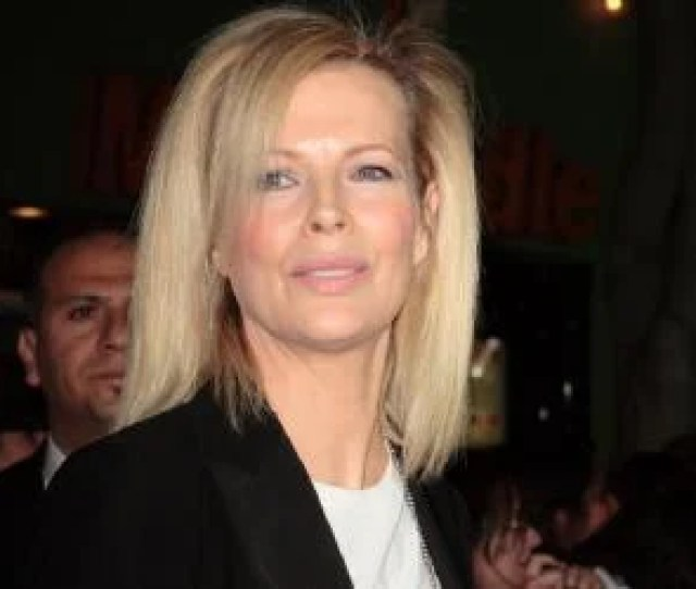 Kim Basinger Made Her Acting Debut On Television In 1976 In An Episode Of The Nbc Action Adventure Drama Series Gemini Man Thereafter She Starred In