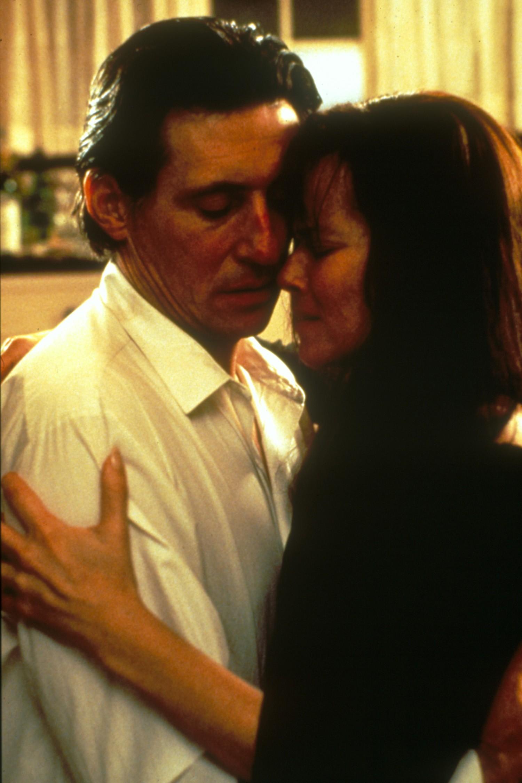 Barbara Hershey,Gabriel Byrne