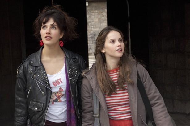 Felicity Jones,Jessica Brown Findlay