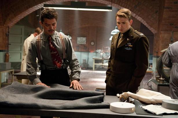 Chris Evans,Dominic Cooper