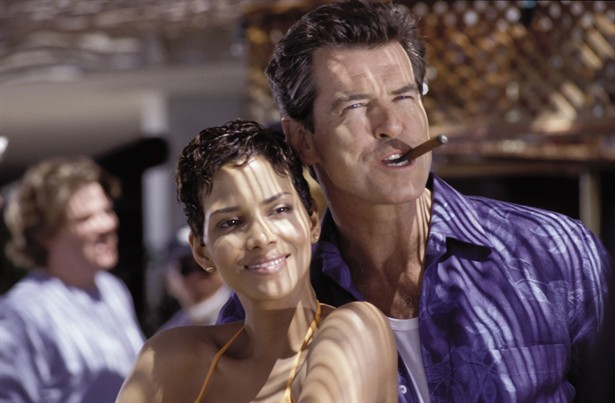 Halle Berry,Pierce Brosnan
