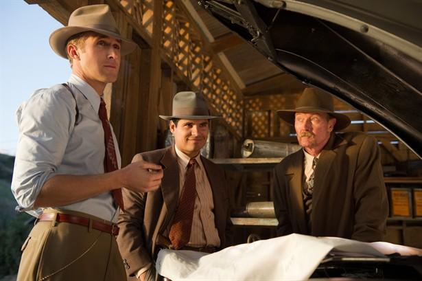 Michael Pe,Robert Patrick,Ryan Gosling