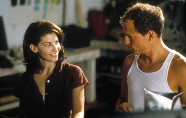 Gina Gershon,Woody Harrelson