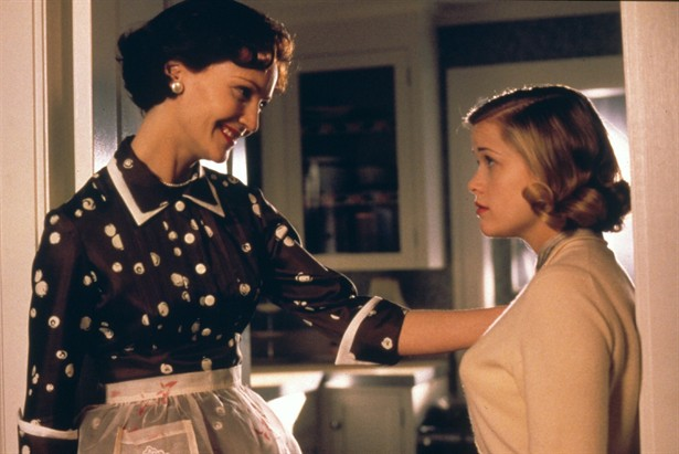 Joan Allen,Reese Witherspoon