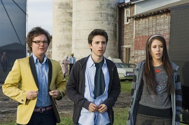 Amanda Crew,Clark Duke,Josh Zuckerman