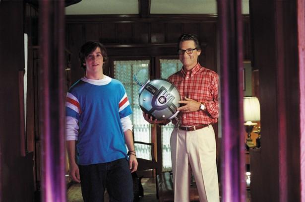 Kurt Russell,Michael Angarano