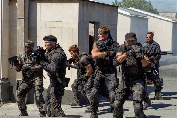 Antonio Banderas,Arnold Schwarzenegger,Dolph Lundgren,Jason Statham,Kellan Lutz,Wesley Snipes