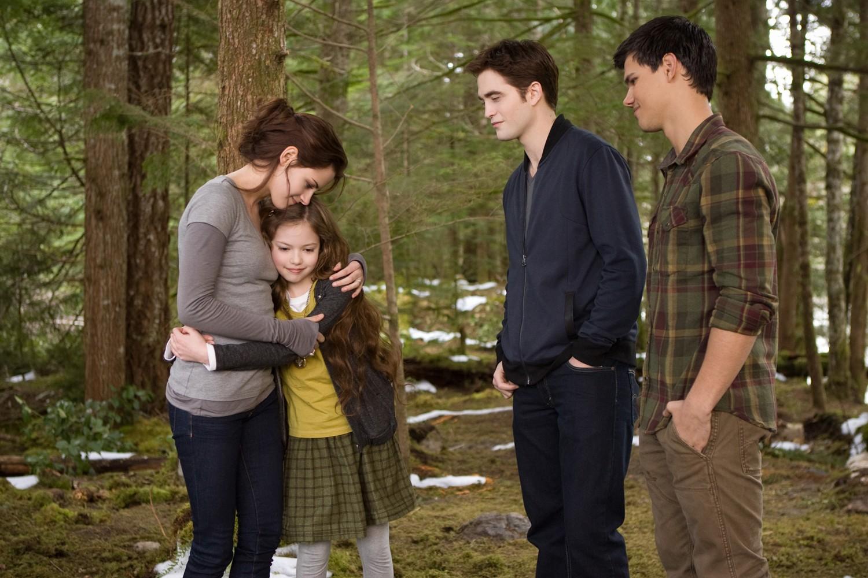 Kristen Stewart,Mackenzie Foy,Robert Pattinson,Taylor Lautner