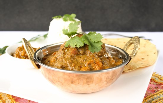 Slow cooker curry with lamb, beef or vegetables