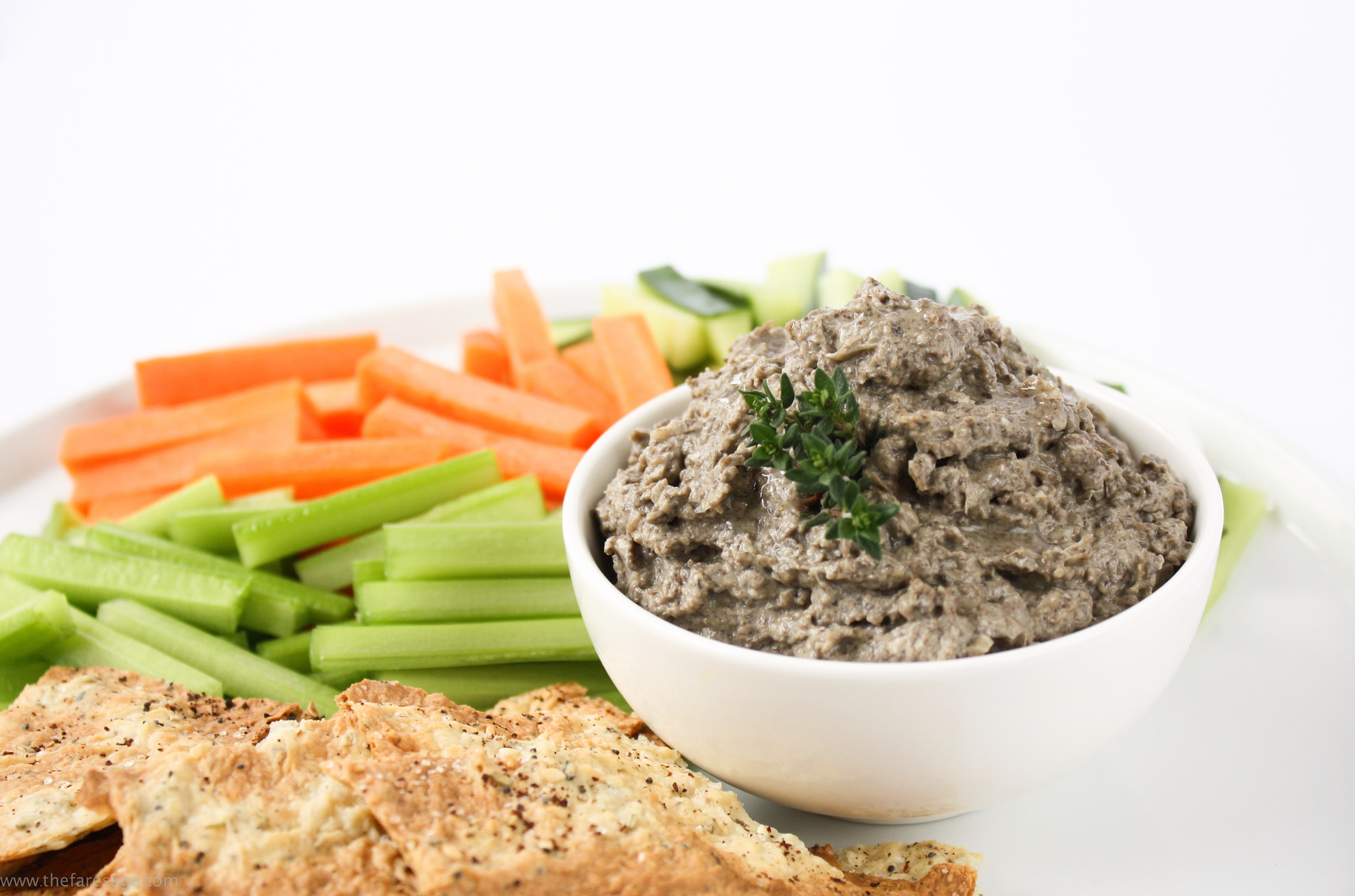 Mushroom pate with thyme and garlic
