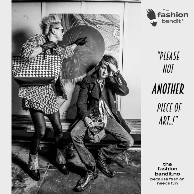 the Fashion Bandit Benedikte St.Pierre and Model Bandit Nicholas Sørensen are looking at art