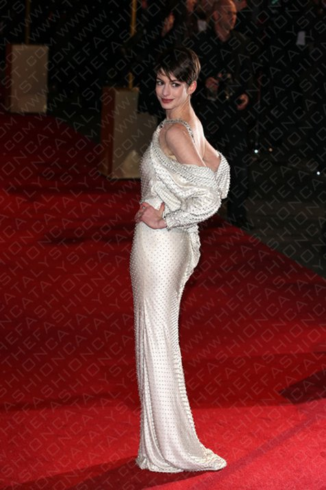 Anne Hathaway Makes My Heart Melt At Premiere Of Les Miserables In London.