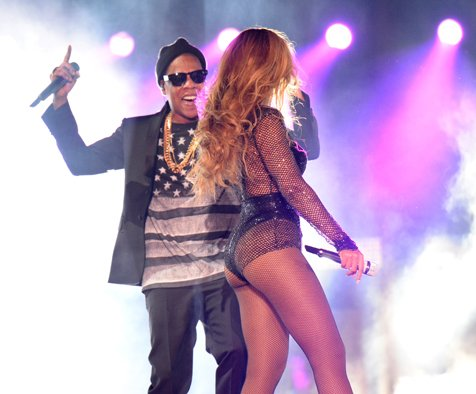 Beyoncé And Jay-Z Wear A Bevy Of Givenchy Haute Couture On Tour