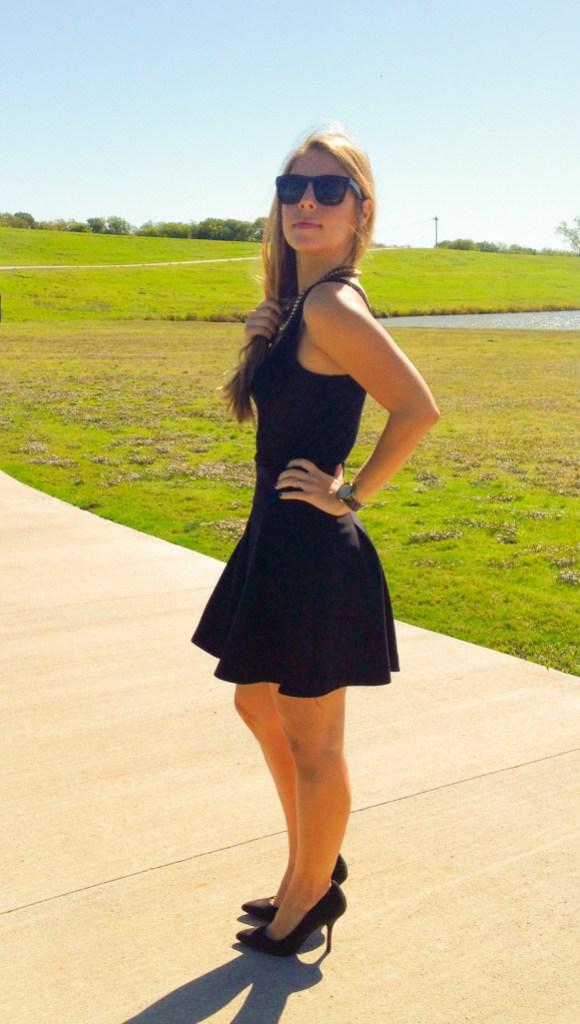 Express Skirt Black Sunglasses