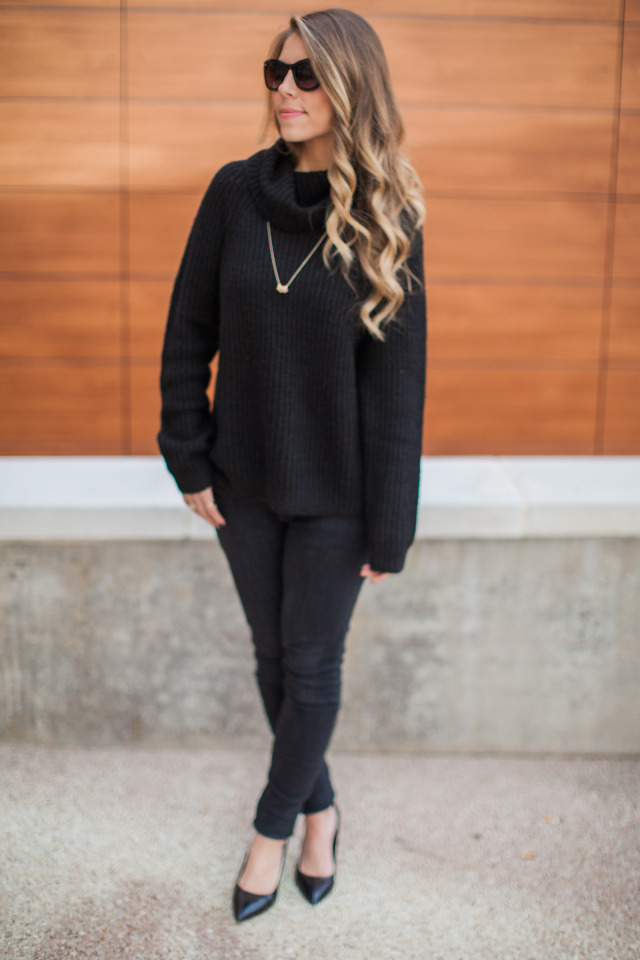 Black chunky knit sweater ZARA jeans and pumps