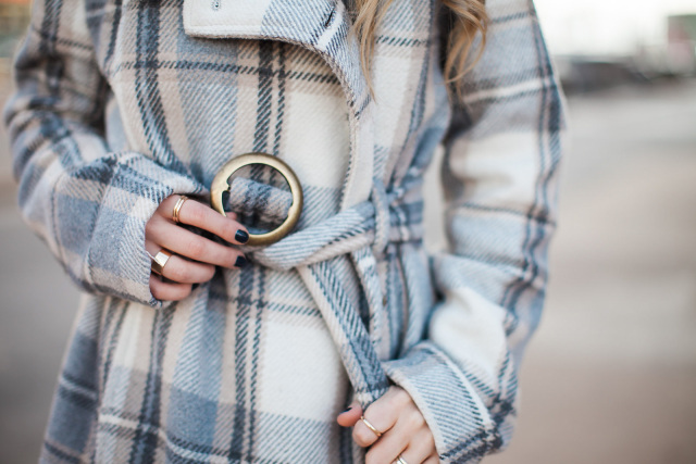 The-Fashion-Hour-Dallas-Blogger-Plaid Peacoat