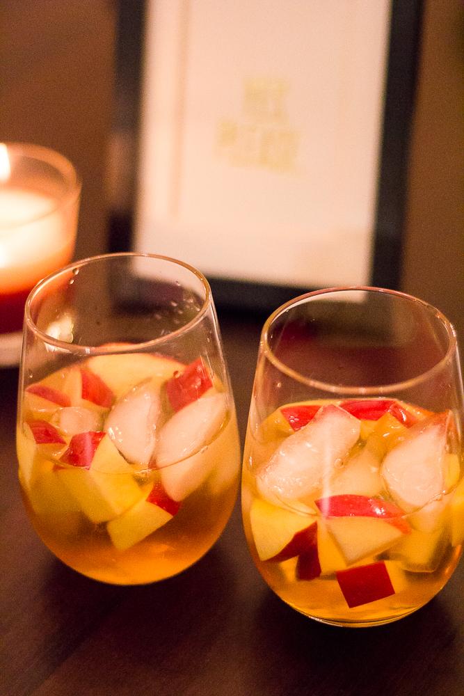 Caramel-Apple-Sangria-Recipe-00-2