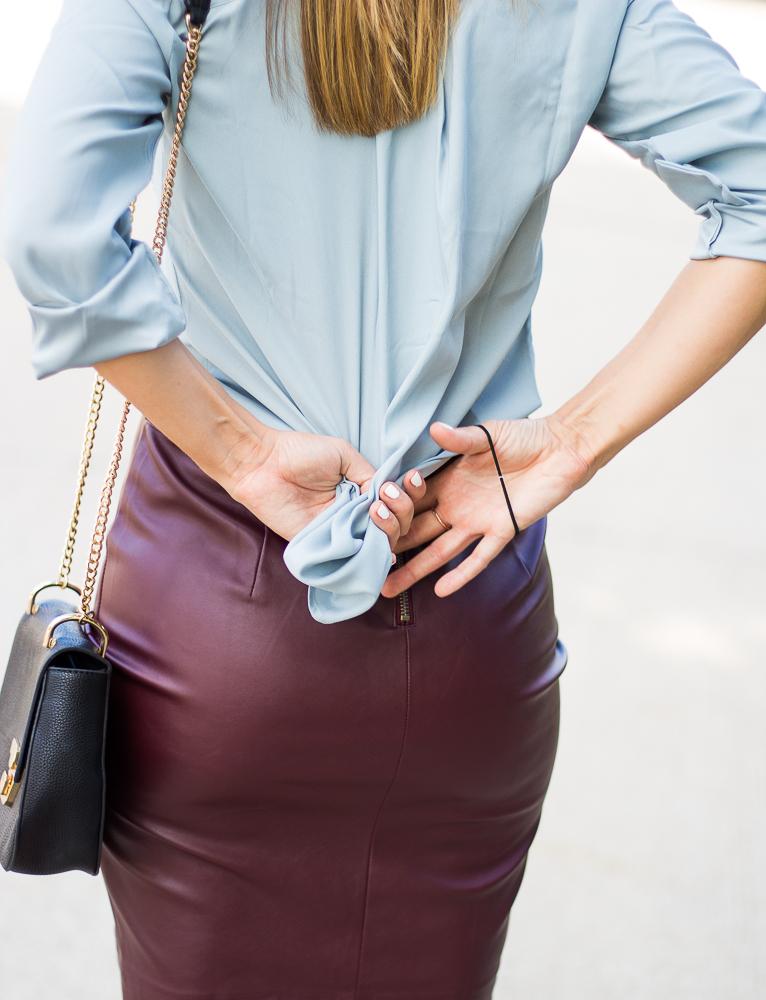 9a904a219a Take a look at how to tuck a blouse into a skirt!