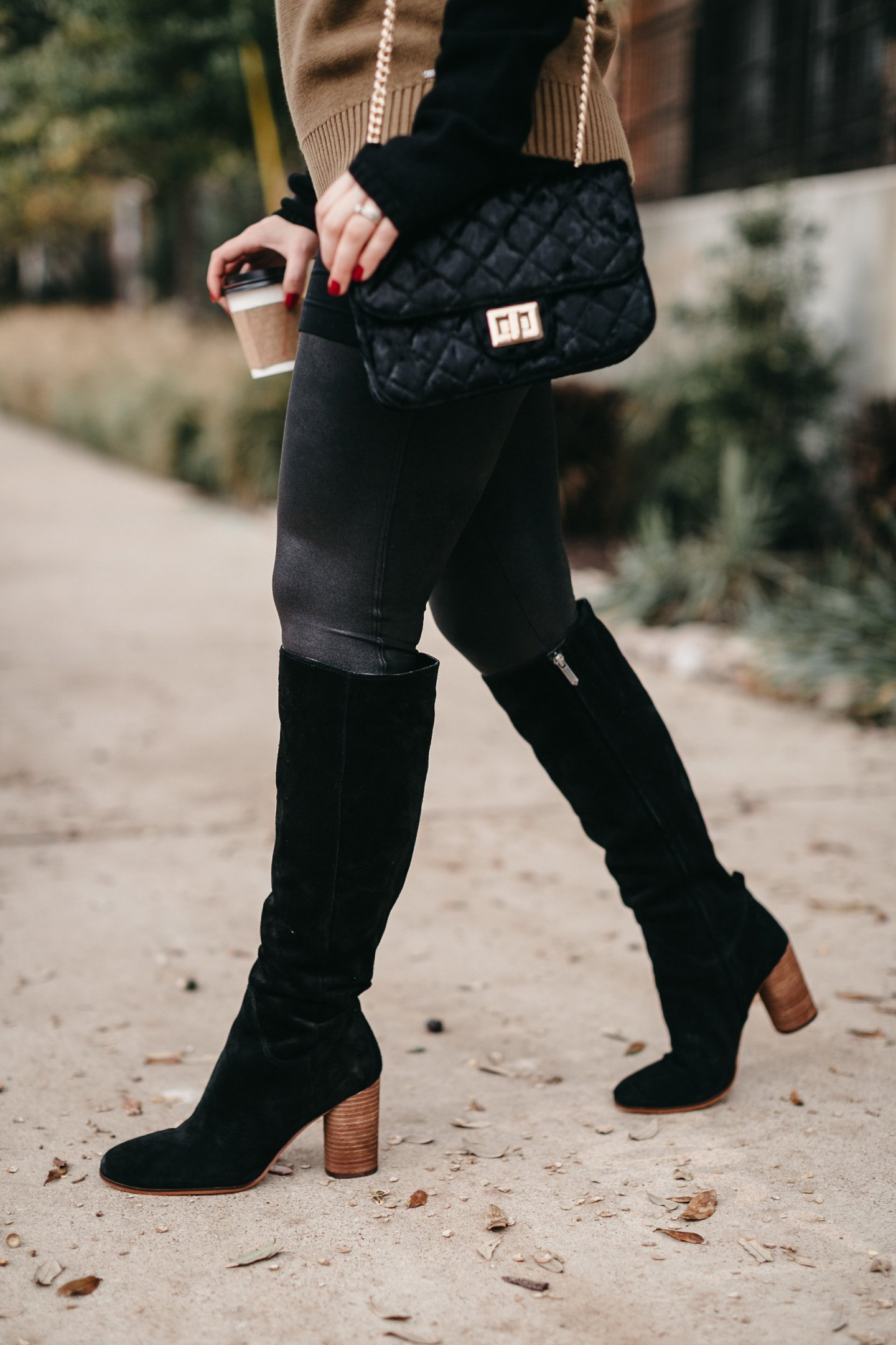 knee-high black boots you need for fall