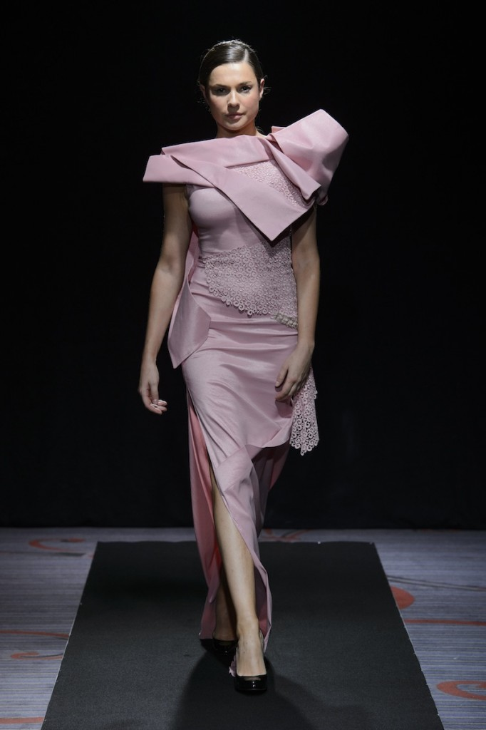 PATUNA COUTURE - Fall/Winter 2015/16