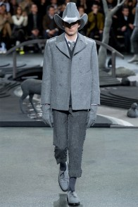 thom-browne-fall-winter-2014-show-photos-0003