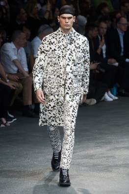 Givenchy-2015-Men-Spring-Summer-Paris-Fashion-Week-006