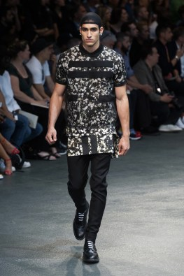 Givenchy-2015-Men-Spring-Summer-Paris-Fashion-Week-018