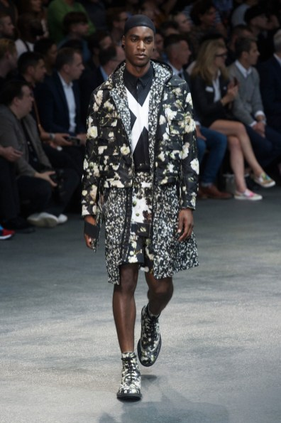Givenchy-2015-Men-Spring-Summer-Paris-Fashion-Week-039