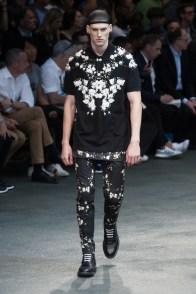 Givenchy-2015-Men-Spring-Summer-Paris-Fashion-Week-048