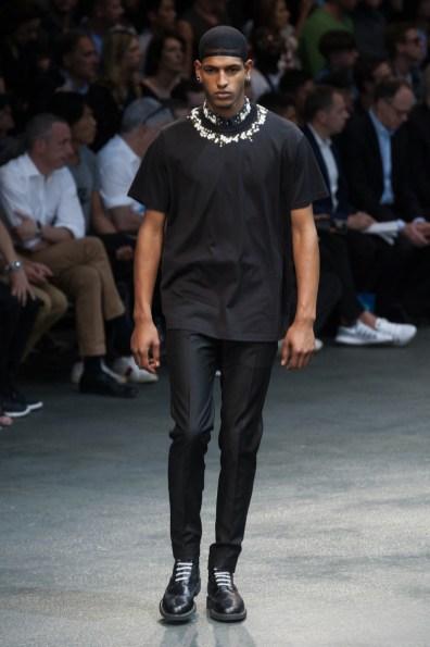 Givenchy-2015-Men-Spring-Summer-Paris-Fashion-Week-051