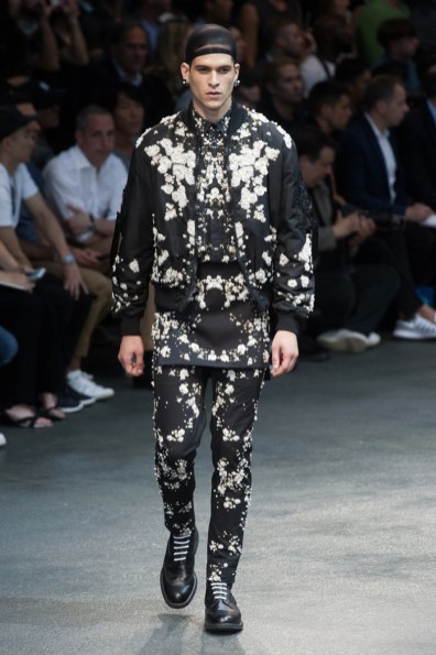 Givenchy-2015-Men-Spring-Summer-Paris-Fashion-Week-053
