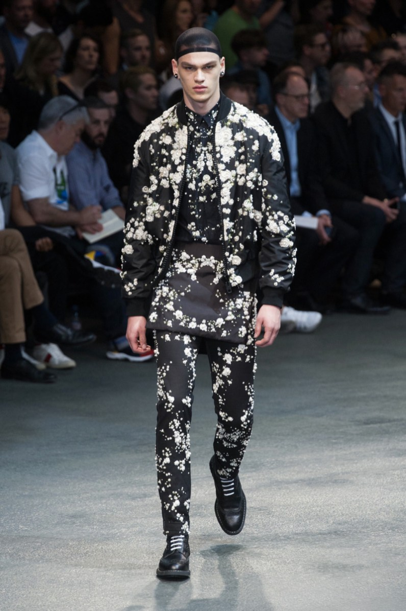 Givenchy-2015-Men-Spring-Summer-Paris-Fashion-Week-055