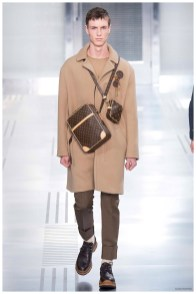 Louis-Vuitton-Fall-Winter-2015-Menswear-Collection-Paris-Fashion-Week-008
